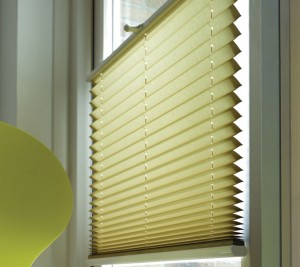 club_soda_plisse_blinds_link