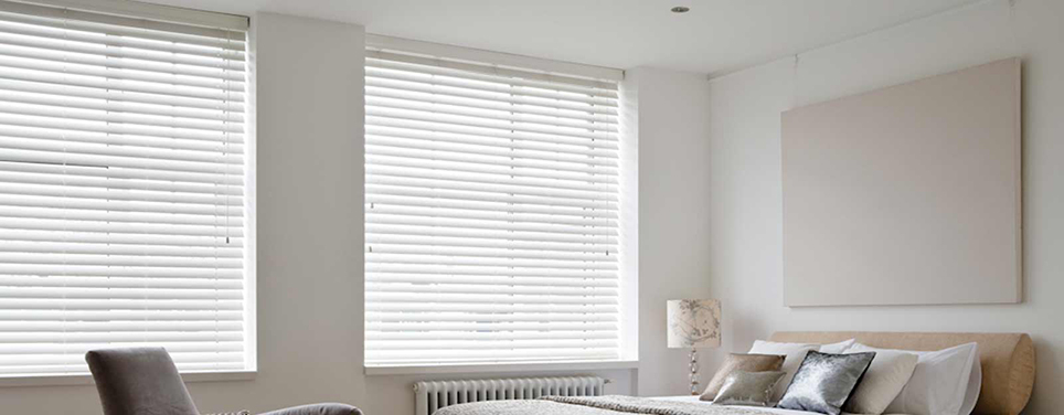 club_soda_venetian_blinds1